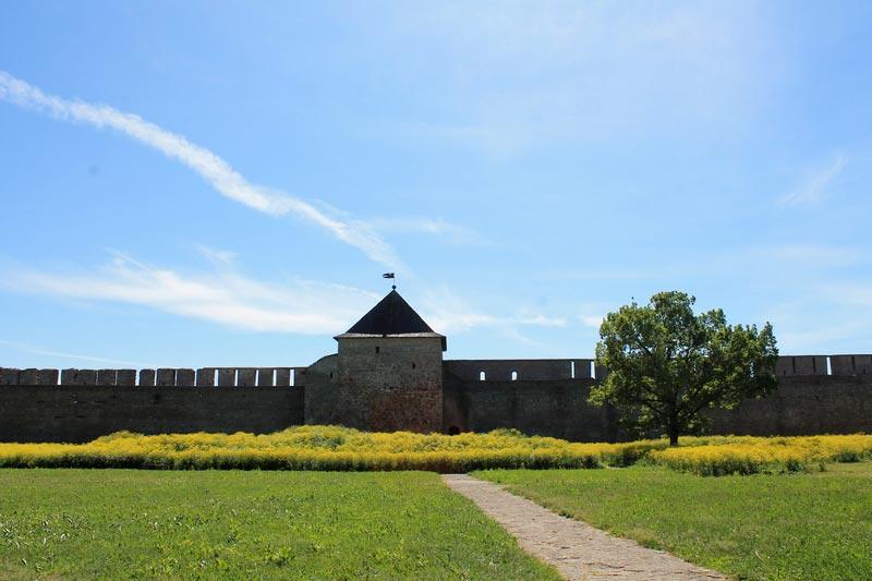 23б-ивангородская-крепость-фото