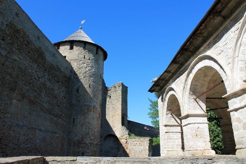 23-ивангородская-крепость-фото