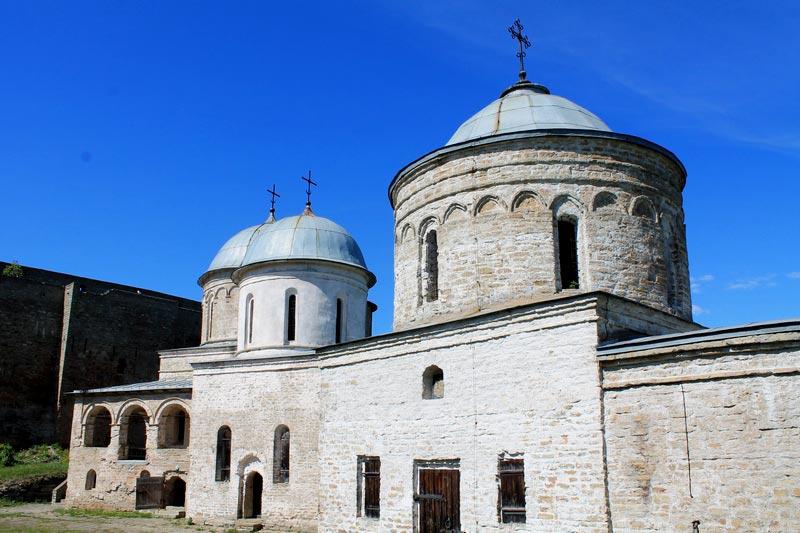 32-храм-ивангород-крепость