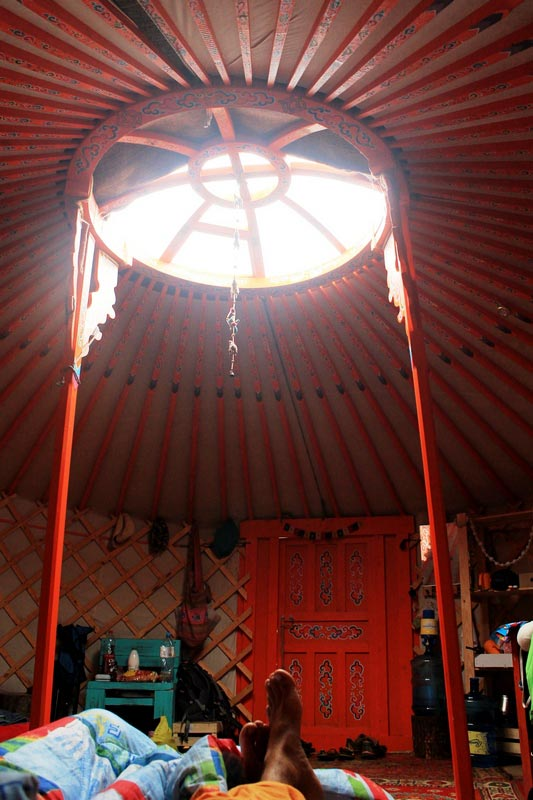 17-mongolskaya-yurta-foto