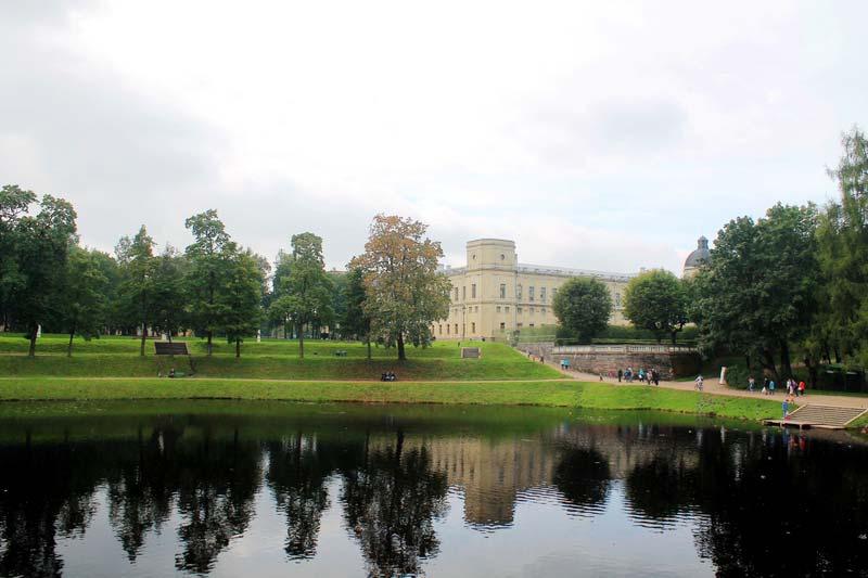 11-dvorec-v-gatchine-foto