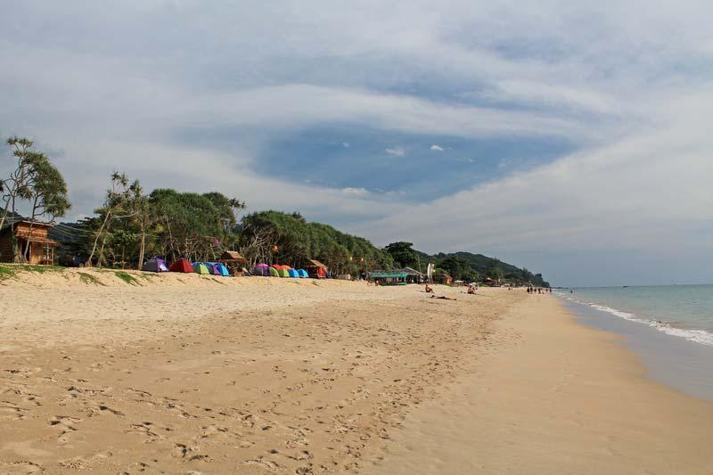 1-plyazh-klong-nin-klong-nin-beach
