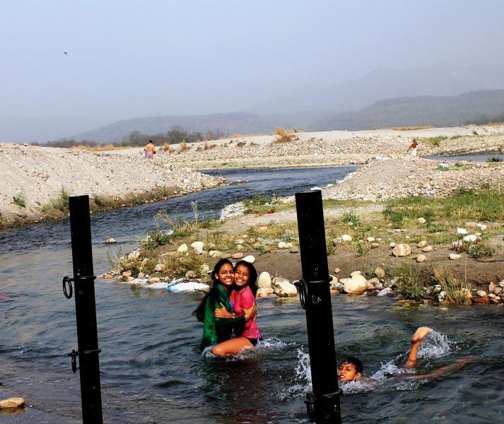 13-купание-индусов
