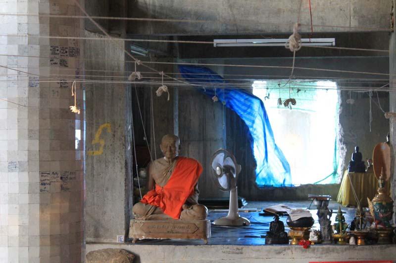 28--внутри-большого-Будды-пхукет