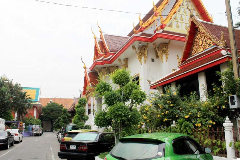 храм-Wat-Chanasongkhram-Ratchaworamahawihan
