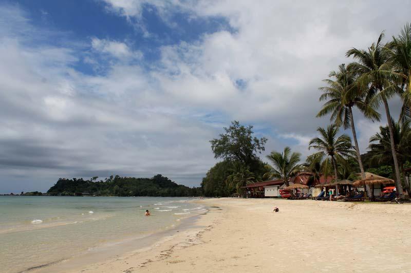 13-пляж-у-отеля-клонг-прао-резорт