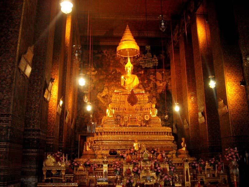 3с-храм-изумрудного-Будды-Бангкок