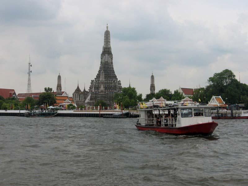 4-храм-рассвета-бангкок