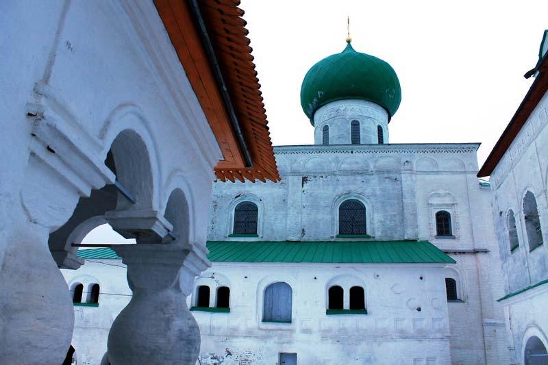 7а-Свирский-мужской-и-Введено-Оятский--монастырь