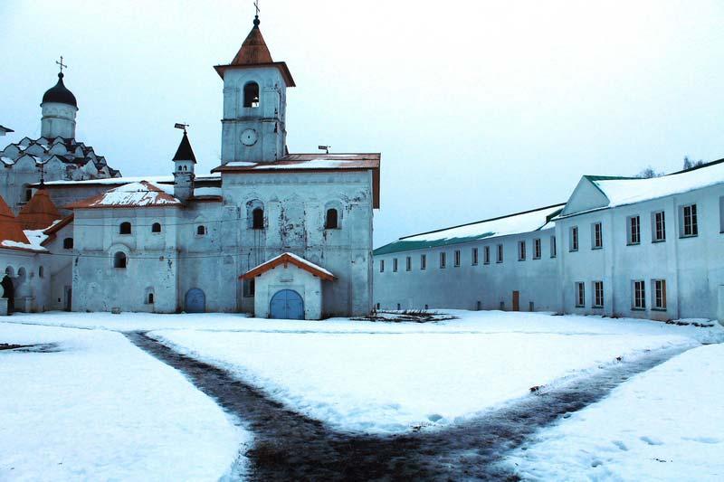 7б-Свирский-мужской--монастырь