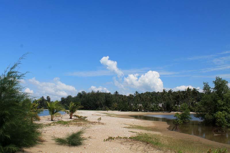 12-Klong-Son-Bay