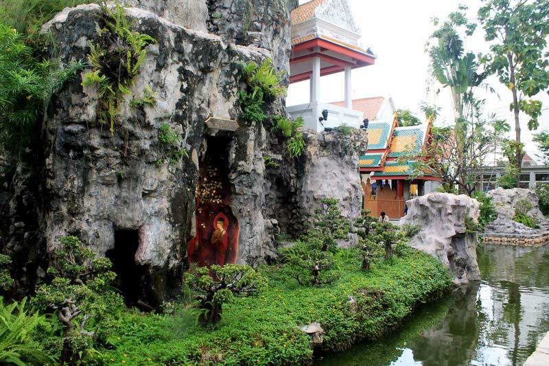 19-Храм-Черепах-Wat-Prayoon
