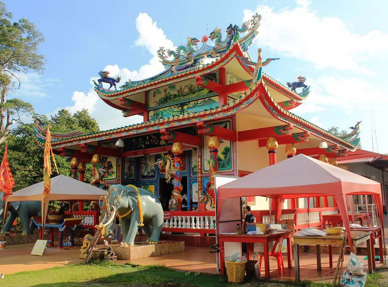 35-Chao-Por-Koh-Chang-Shrine