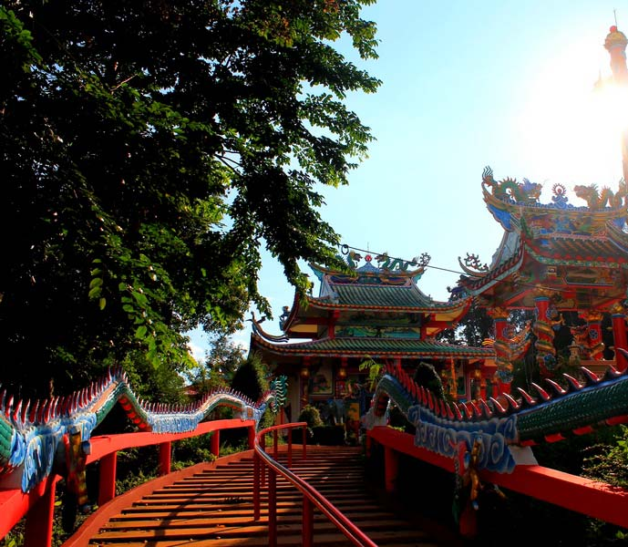 1а-Chao-Por-Koh-Chang-Shrine