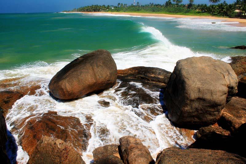 2-волны-на-Шри-Ланке