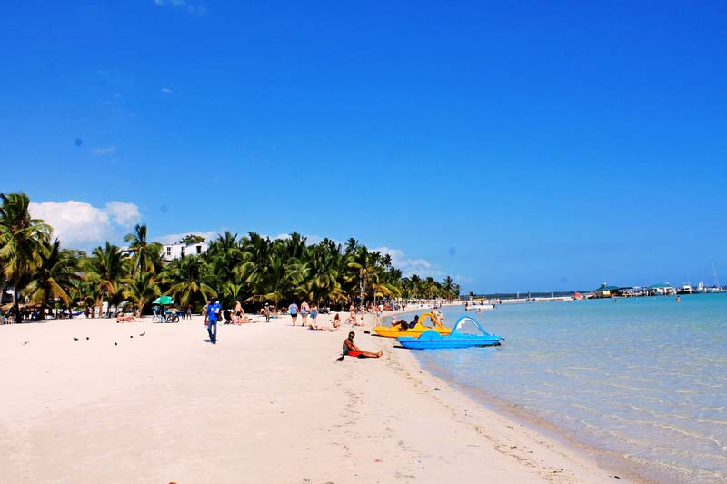 24-доминикана-пляж-бока-чика