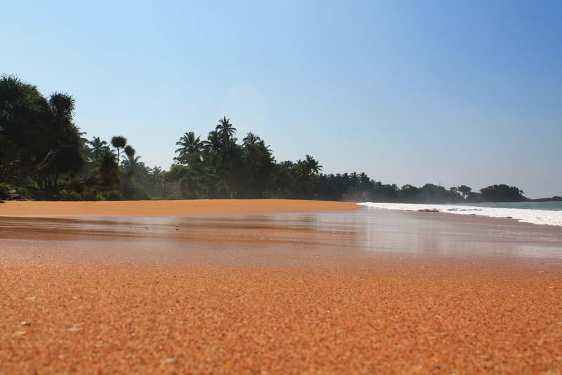 5-индурува-пляж-фото