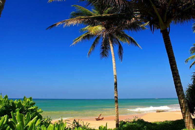 15 Induruwa beach