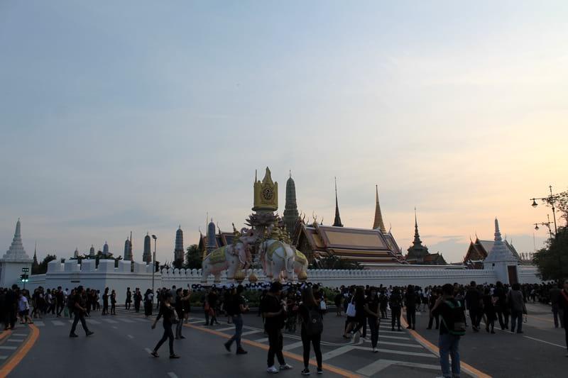 Трауные мероприятия в Бангкоке