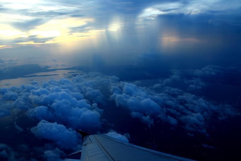 вид из самолета на острова