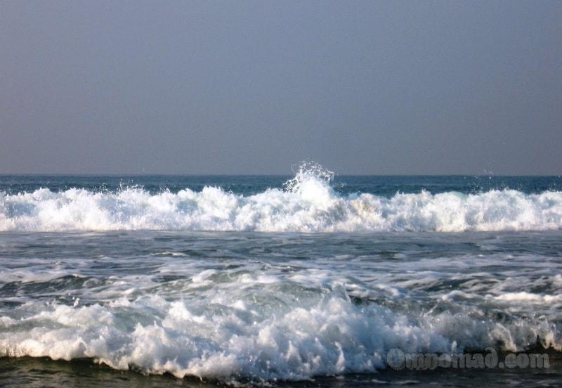 ковалам волны