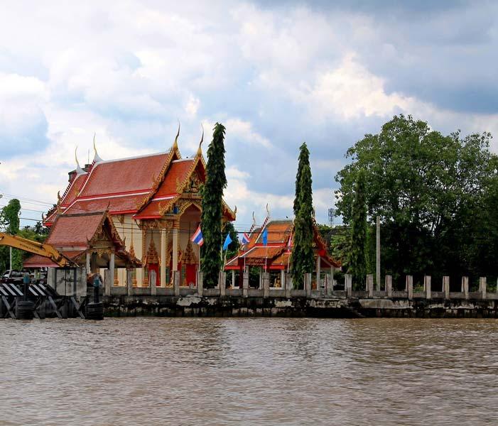 буддистские-храмы-на-реке