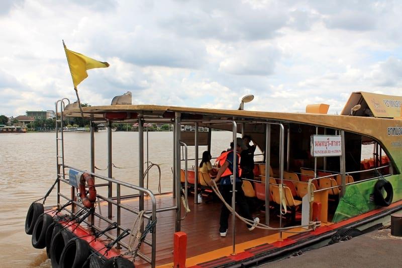 флаги лодок Бангкока