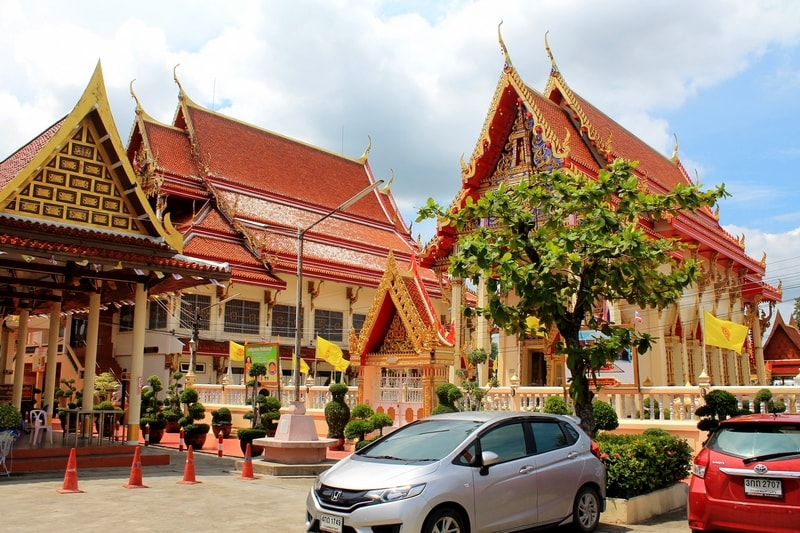 9 Wat Sanam Nuea