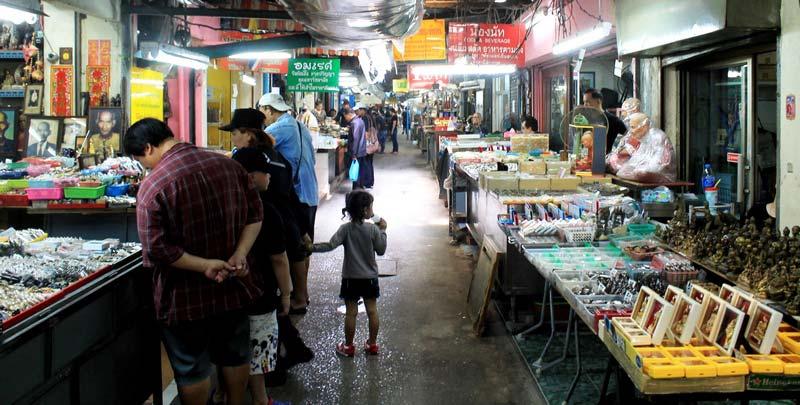 1-Бангкок-рынок-амулетов