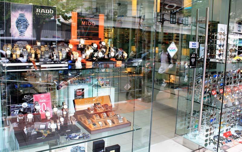 8а-Бангкок-брендовые-вещи