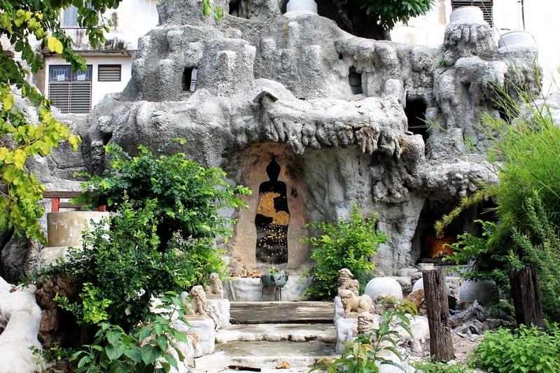 15 Wat Chakrawat
