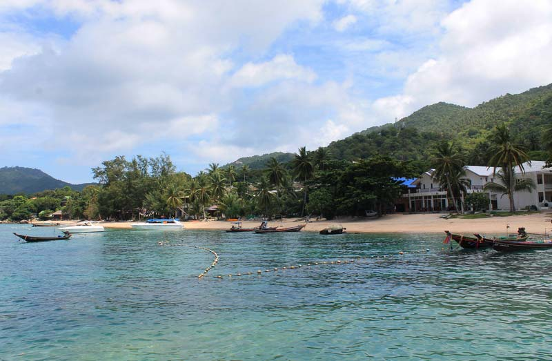 7-sairee-beach-koh-tao