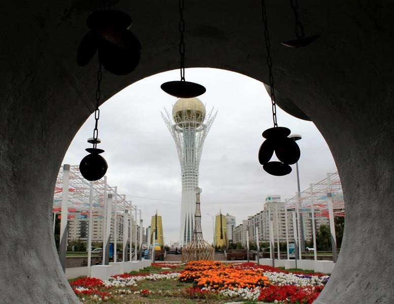 Астана монумент Байтерек
