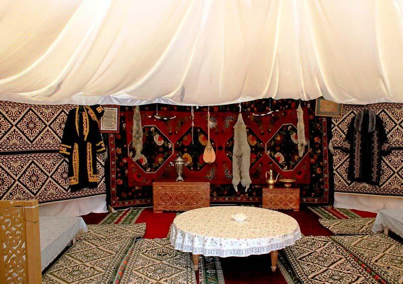 6-казахская-юрта