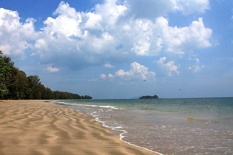 Andaman Beach ko jum