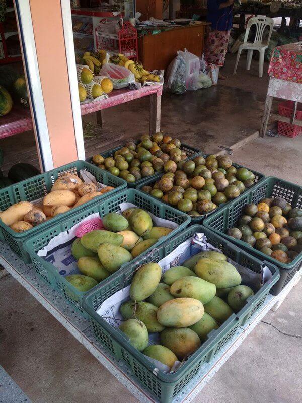 24 остров Ко Джум фрукты