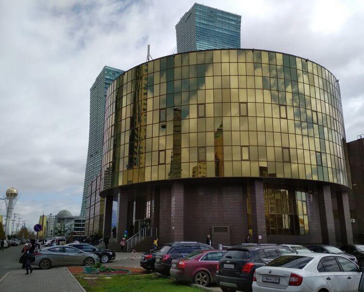 6 Астана выстовочный центр