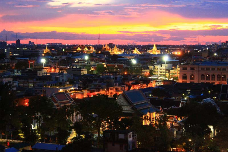 Бангкок-вечером