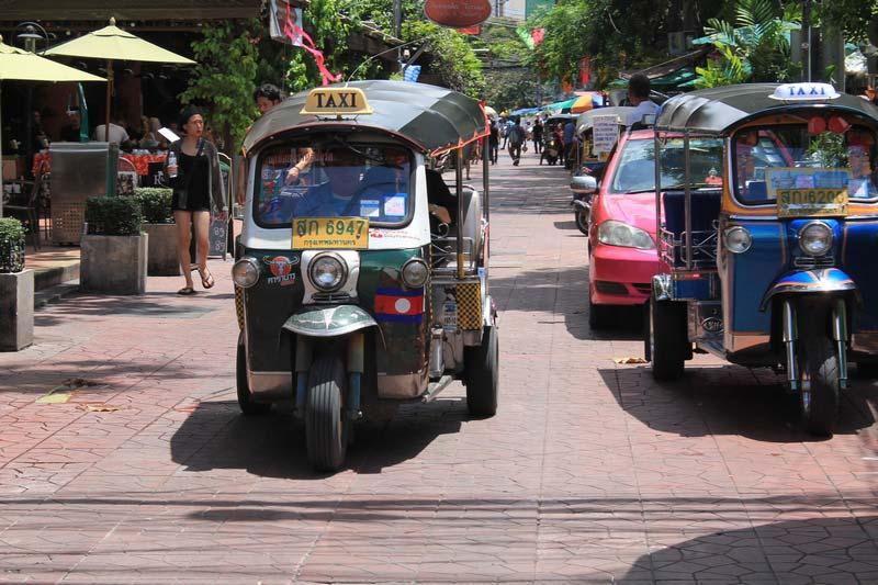 Бангкок-тук-тук