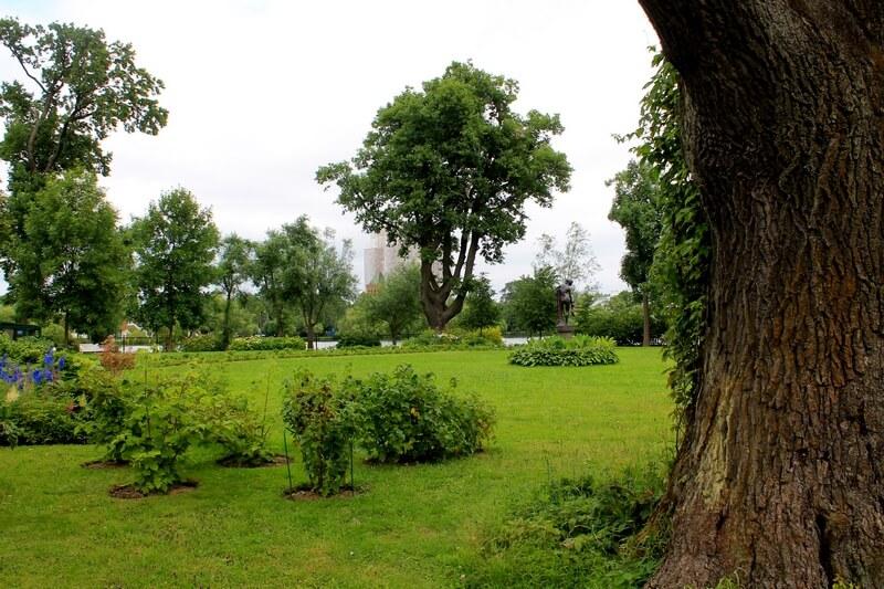Колонистский парк Петергоф