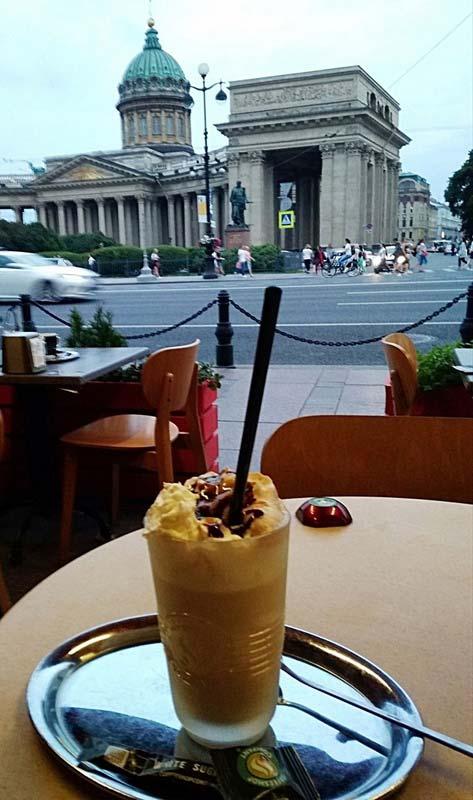 кофе-с-видом-на-Исаакиевский