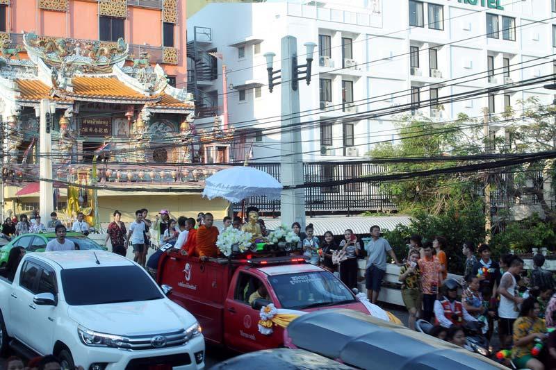тайский-Новый-Год-Сонгкран