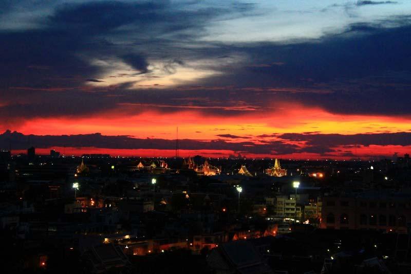 закат-над-Бангкоком