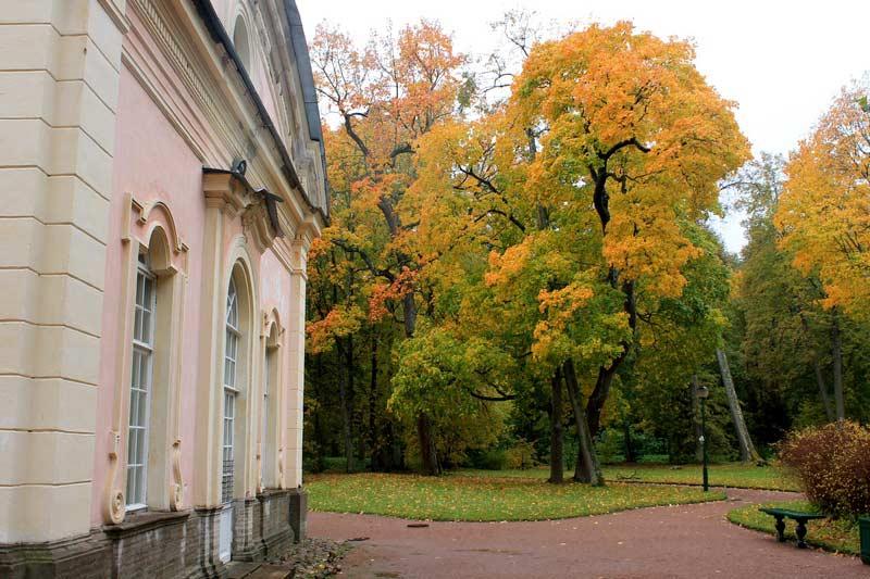 Ораниенбаум-дворцово-парковый-комплекс