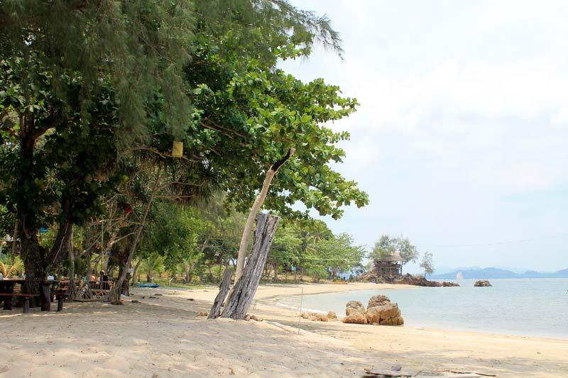 Andaman-Beach-koh-yum
