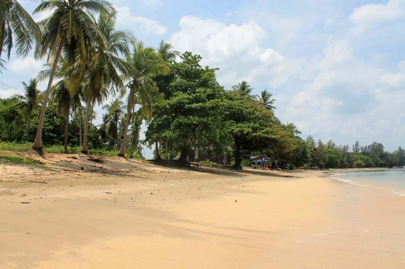 Golden-Pearl-Beach-2