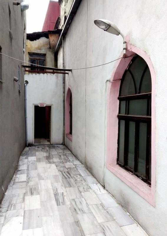 Кардига-хамам-Стамбул-вход