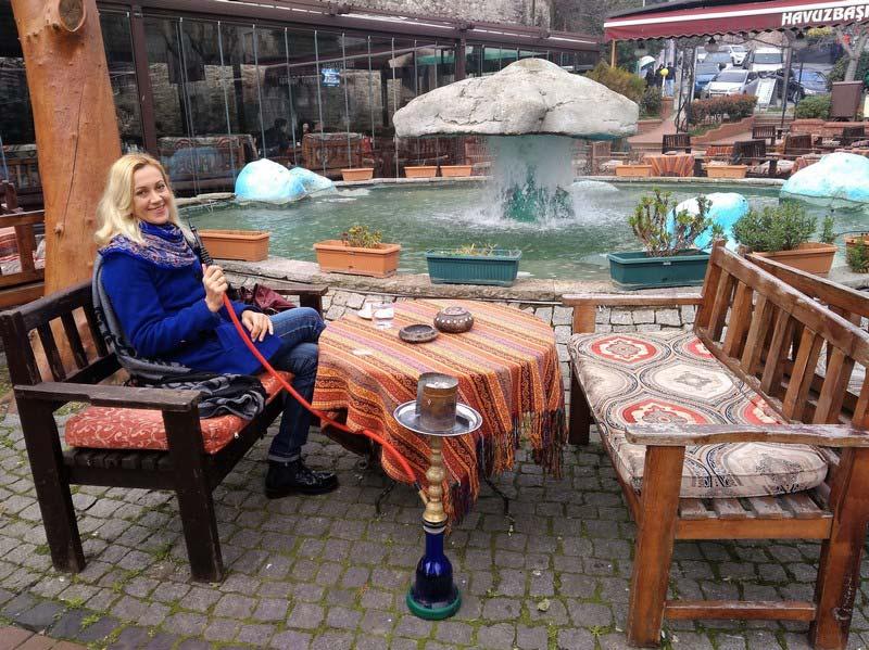 покурить-кальян-в-Стамбуле