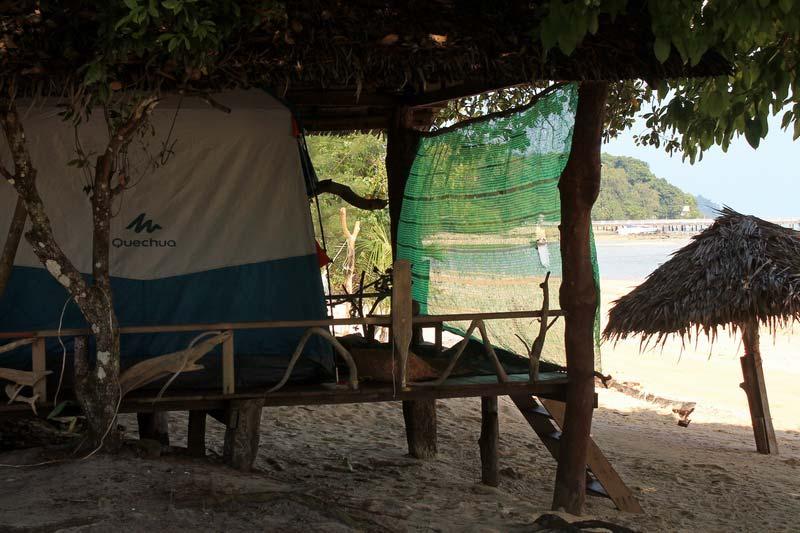 ко-паям-палатка-у-моря