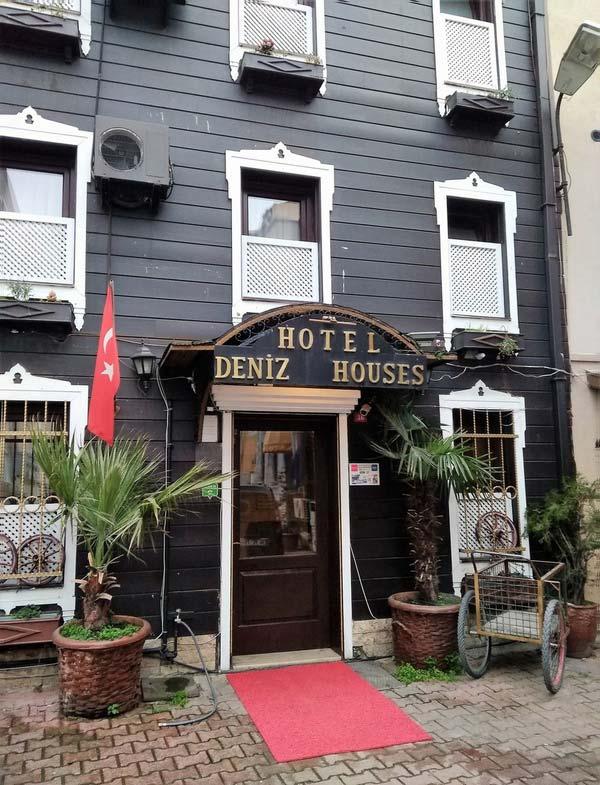 Deniz-Houses